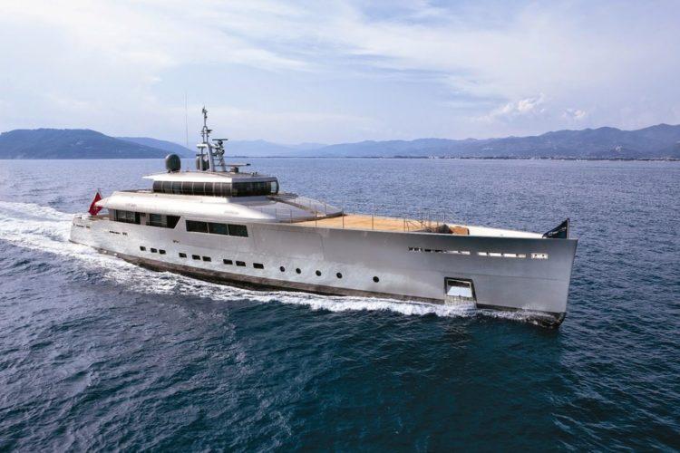 «Perini Navi» реализовала за несколько дней 2 супер-яхты